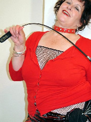 Dominante Sexspass Lady Dort sucht real