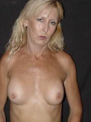 Reife Blonde aus Dresden