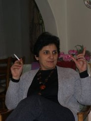 Kurdische Ehefrau, devot, neu auf Kontakte.xxx