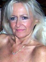 Ende Fünzig Frau Anna-Rita bei den Kontakten aus dem Hochtaunuskreis