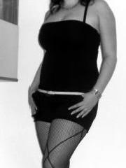 Ehemalige Jungfrau Rebecca mit sexy Beinfotos, bestrumpft