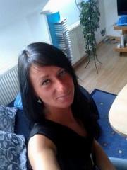 Miriam, dunkelhaarige träumt von BBC Besamung - Selfie Pic