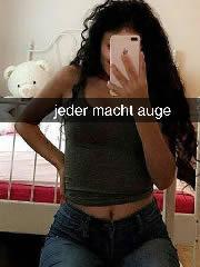 Geile Teen Türkin Schlampe Hayat mit XXX Selfies